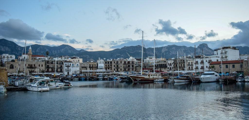 Marina din Girne, zona de nord a Ciprului